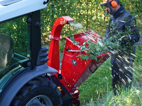 Kleiner Holzhacker für Zapfwelle Traktor