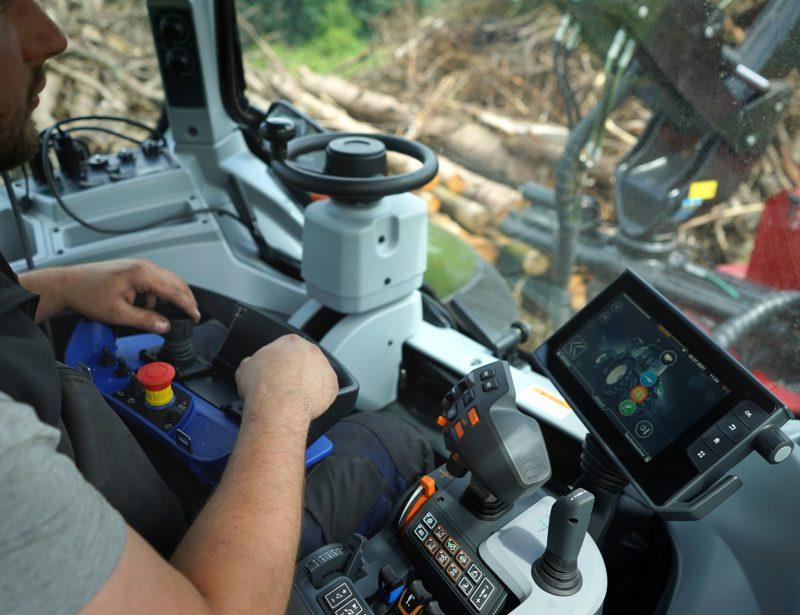TP 320k Holzhacker für Traktor mit Kranbeschickung