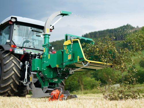 HS 150 Eco Holzhacker für den Traktoranbau