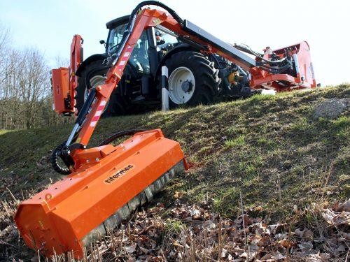 Tifermec Ausleger für Frontanbau Traktor FR P