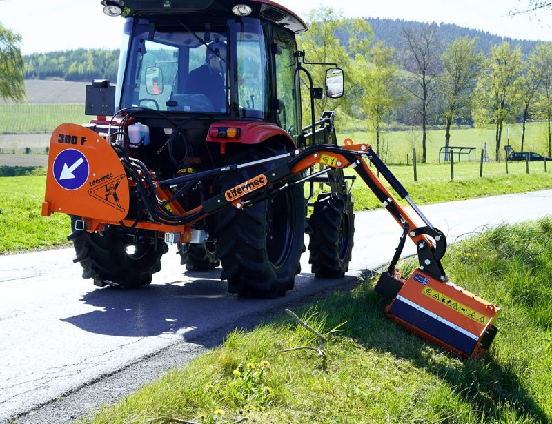Ausleger Auslegemulcher für kleinen Traktor Tifermec Serie F