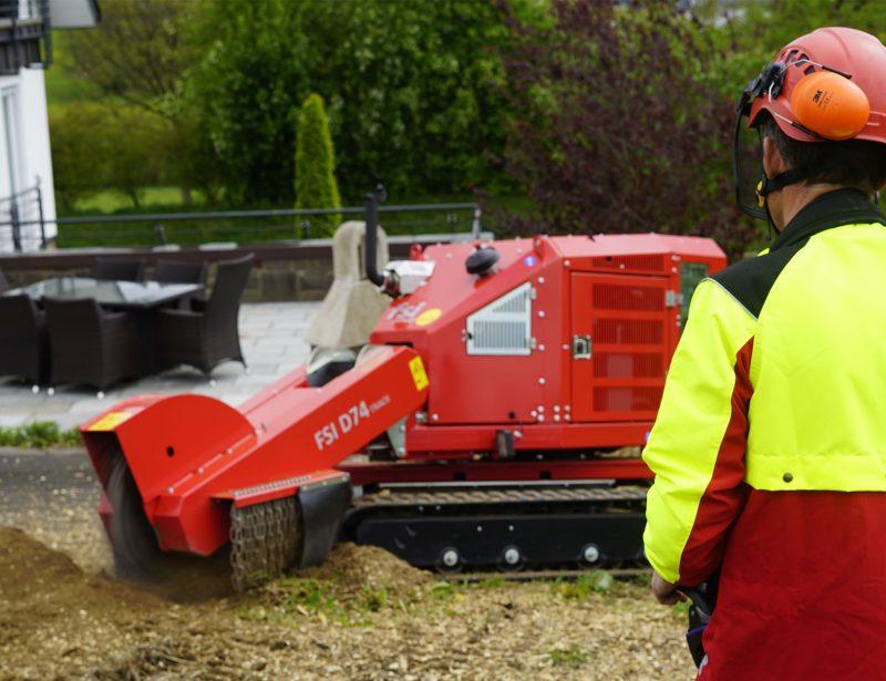 Stubbenfraese Baumstumpffraese mit Kettenantrieb D74 TRACK